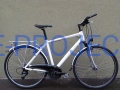 Rower trekkingowy CANNONDALE - STREET  (Deore, Magura)